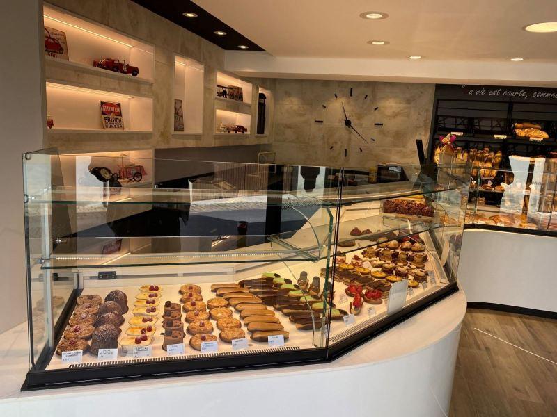 vitrine-réfrigérée-pâtisserie