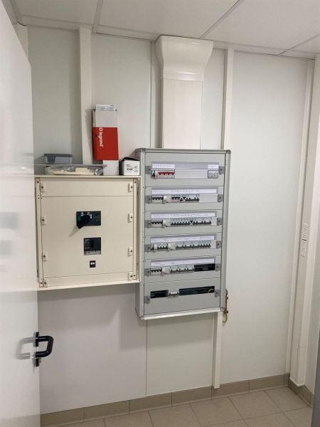 travaux-electricite-labo